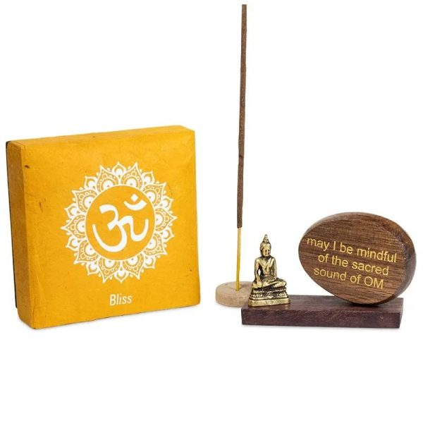 doosje, boeddha, affirmatie op hout en wierrook houder.